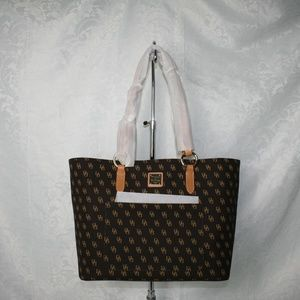 DOONEY AND BOURKE BLAKELY TAMMY TOTE BROWN/TMORO